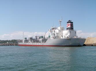 千代地区 セメント運搬船