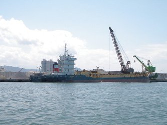千代地区 土砂運搬船